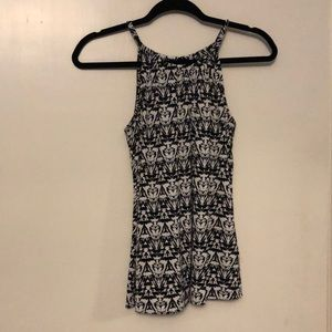 The Limited Black & White Tank Top Size S